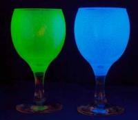 Светящиеся в темноте бокалы